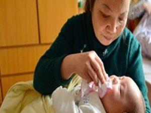 dịch vụ chăm sóc em bé sơ sinh tại nhà