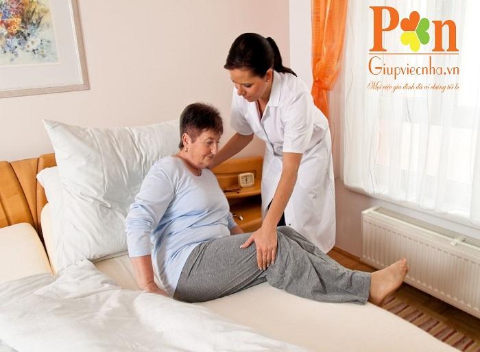 Dịch vụ chăm sóc người bệnh huyện Hóc Môn chuyên nghiệp