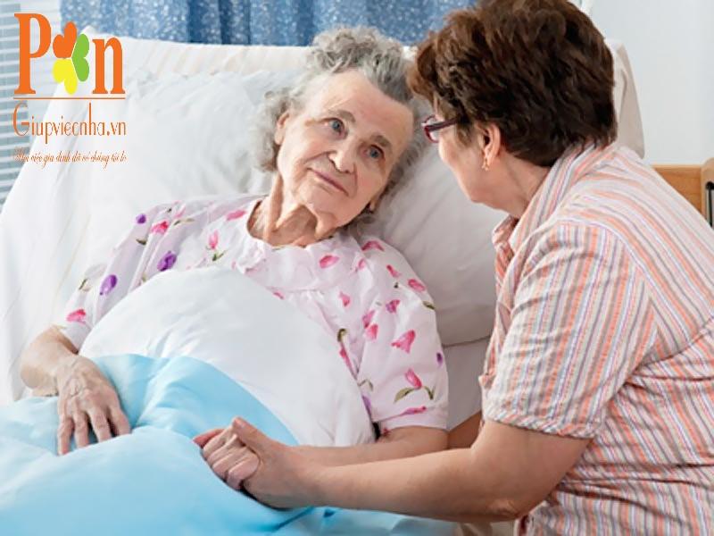 Dịch vụ chăm sóc người già quận 8 uy tín