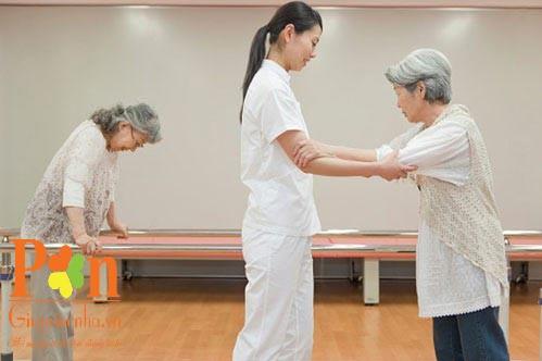 dịch vụ chăm sóc người già huyện nhà bè uy tín