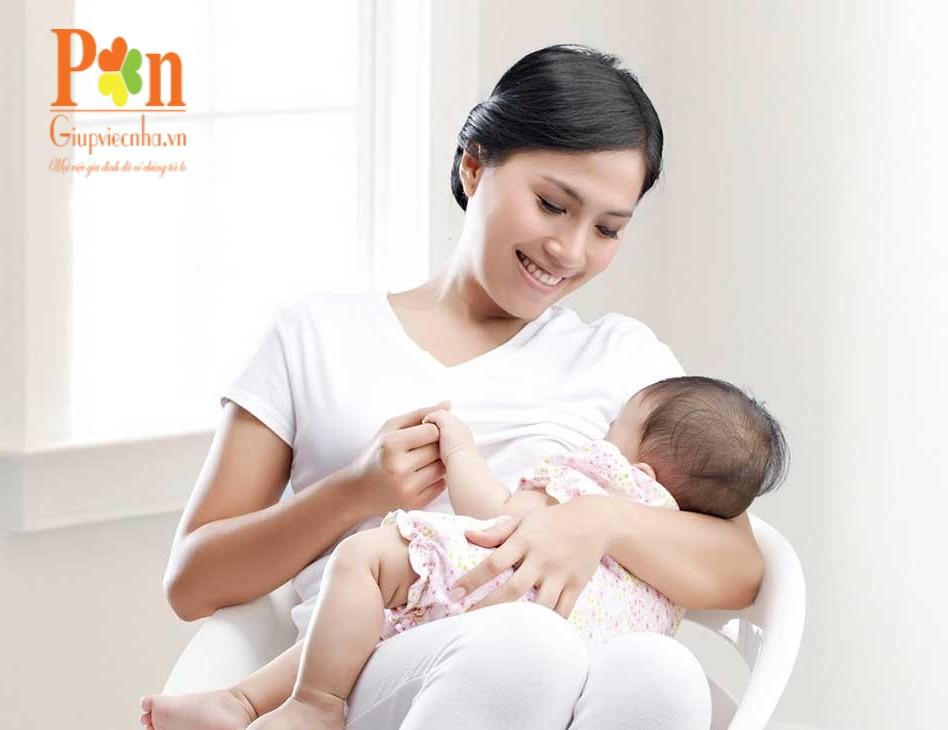 Dịch vụ giữ em bé huyện Hóc Môn uy tín